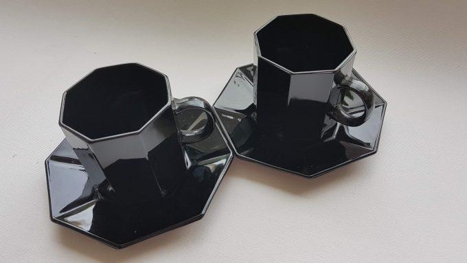 Arcoroc Octime France. Koffiekop en schotel zwart. Per stuk 1