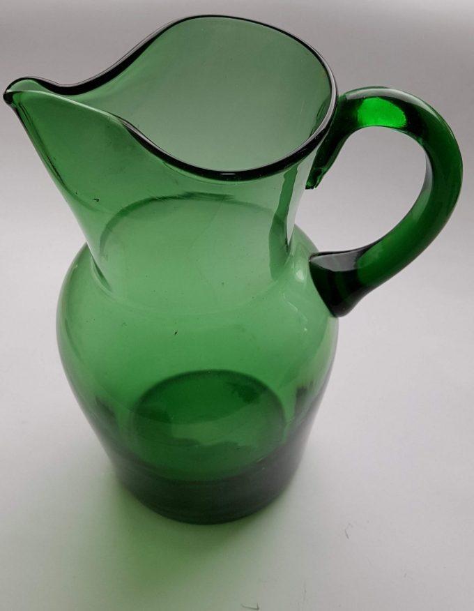 Waterkan hoog met handvat, groen glas 1