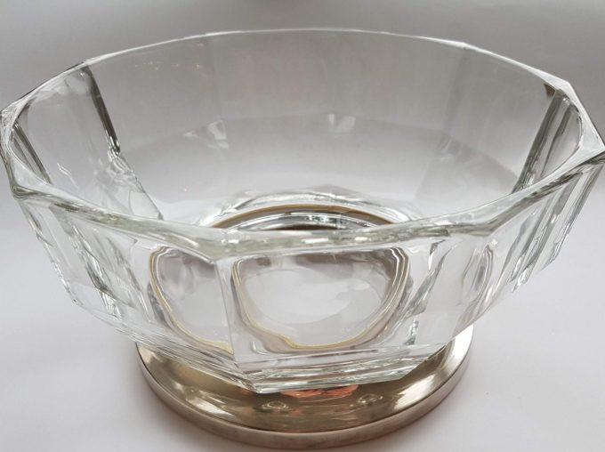 Made in Italy.  Glazen schaal met zilveren voet. 1