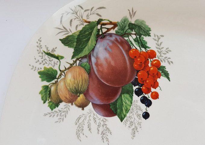 Boch La Louviér Made in Belgium. Gebaksschaal met fruitmotief. 2