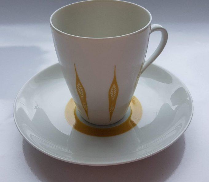 Mosa Maastricht 3111G. Koffie kop en schotel. Vier kleuren.  Per set van 4. 2