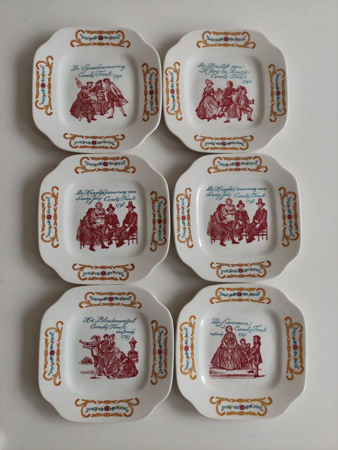 Boch La Louvière. Made in Belgium. Cornelis Troost. Gebaksbordjes vierkant. Blindemanspel. Per stuk 1