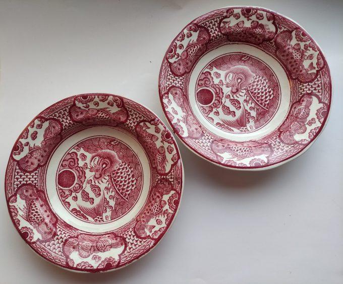 Petrus Regout & Co. Maastricht. Made in Holland. Design Visch. Diepe borden 21 cm. . Set van 2 2