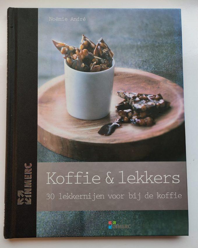 André, Noëmie. Koffie & Lekkers. 30 lekkernijen voor bij de koffie. (boek) 1