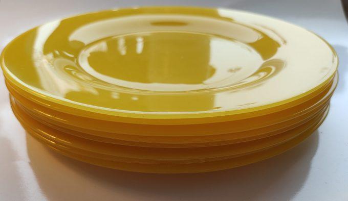 Arcoroc Arc France. Dinerborden geperst geel glas. Per stuk. 3
