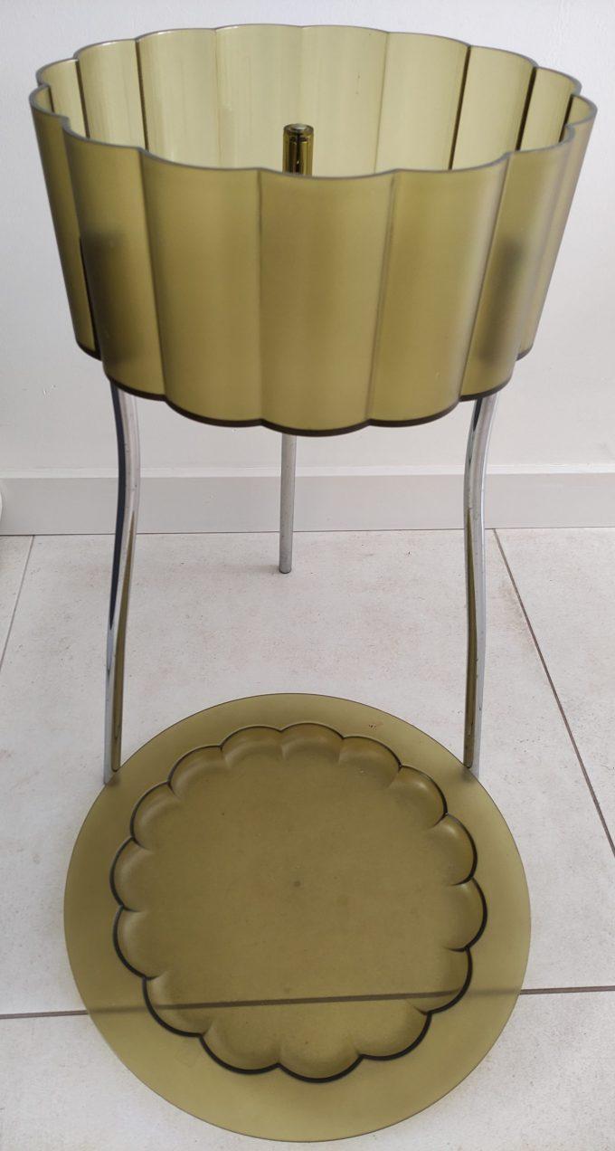 Ikea ontwerp jaren 90. Bijzettafeltje driepoot groen plexiglas met deksel. Per stuk. 6