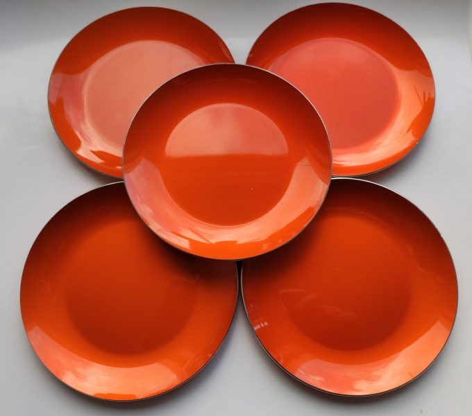 Emalox Norway. Design Bjørn Eng. Ontbijt Bordjes aluminium Oranje. Diameter 18.5 cm. . Per stuk. 1