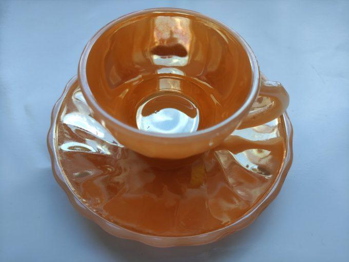 Anchor Hocking. Fire King. Made in the U.S. A. Espresso Kop en schotel oranje. Persglas. 2