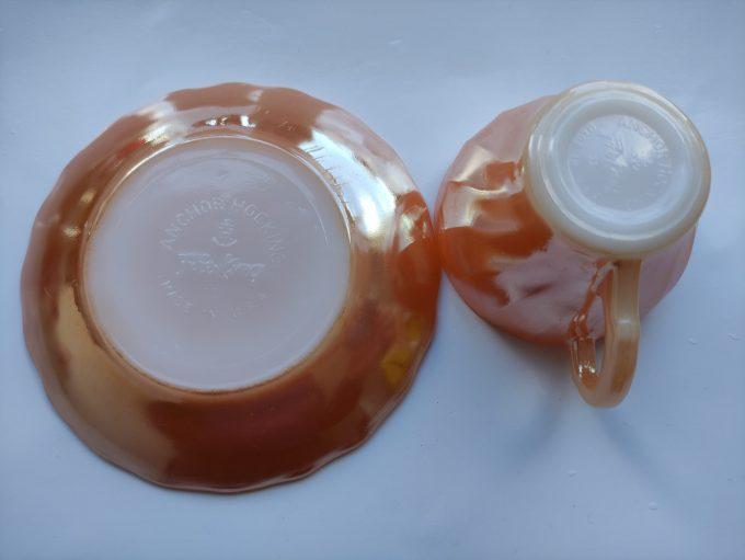 Anchor Hocking. Fire King. Made in the U.S. A. Espresso Kop en schotel oranje. Persglas. 4