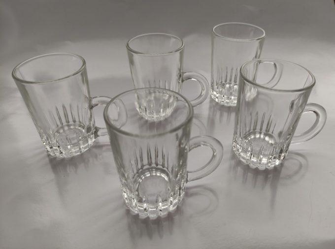 Made in Italy. Ristretto glaasjes met handvat .Per stuk. 3