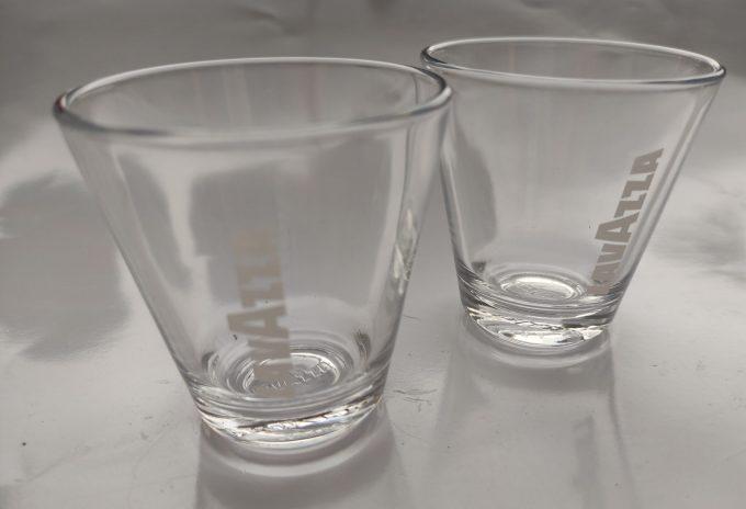 Lavazza, Torino. Italia 1895. Espresso glas. Per set van 2 3