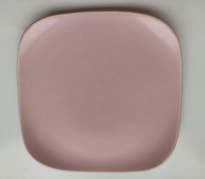 Flora Porcelina. Gouda Holland. Vierkante gebaksbordjes. 5 Pastel kleuren. Set van 5 7