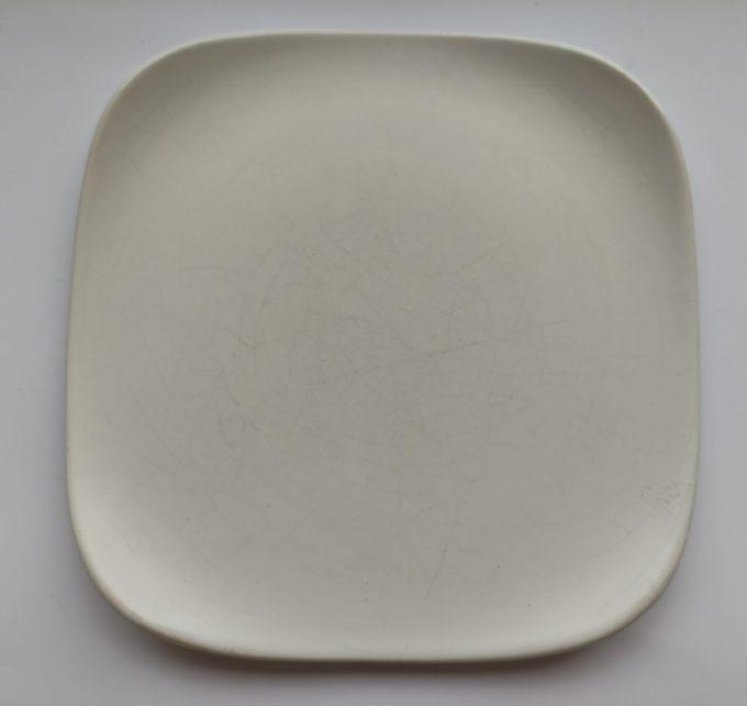 Flora Porcelina. Gouda Holland. Vierkante gebaksbordjes. 5 Pastel kleuren. Set van 5 4