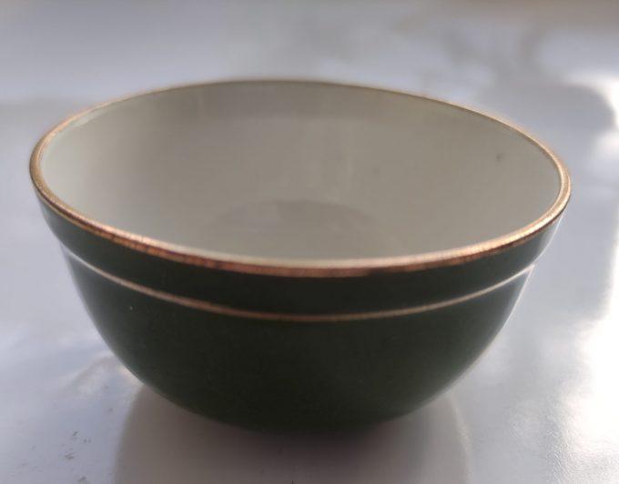 Koffie of Mokka of Kinder servies? Groen Wit met Gouden randen. 9 delige Set 5
